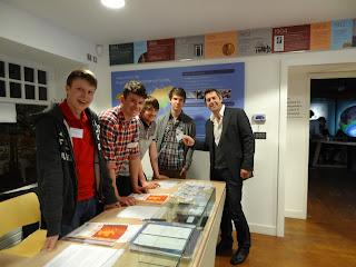 Professor Iain Stewart talks to Perth High School students