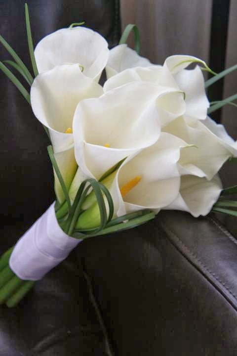 White Lily Flower Bouquet|http://refreshrose.blogspot.com/