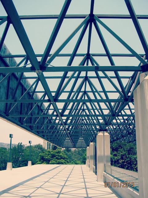 La Brea Tar Pits- Roof Canopy Walkway