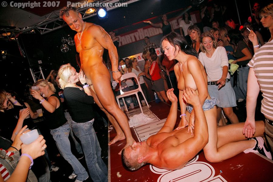 Секс вечеринки в клубе пати фото 168-48