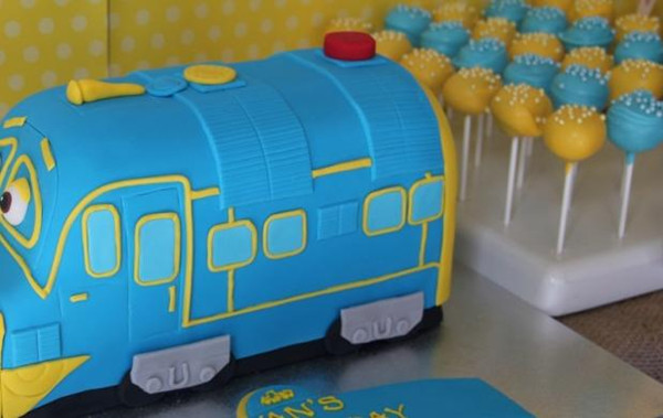 plan a blue and yellow baby shower kayleemilleraa