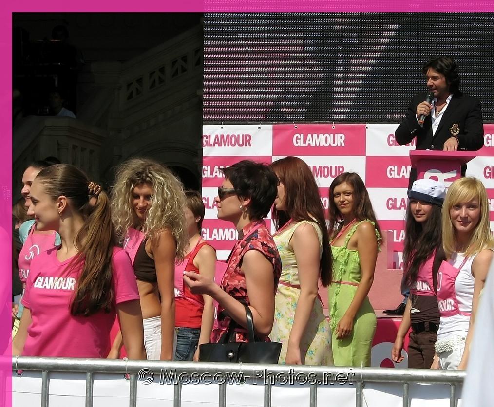 Glamour girls at Stiletto Run 2006