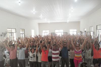 Greve deflagada pelos professores da rede municipal de Santa Quitéria - Por Carlos Moreira / Ipueiras