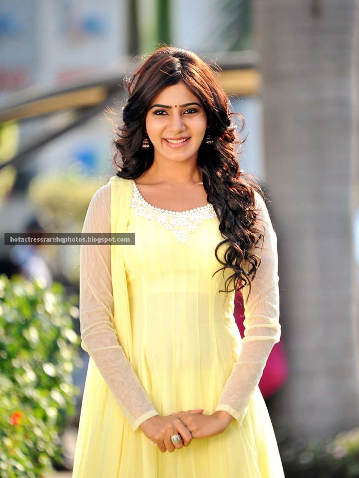 Samantha Ruth Prabhu Hot Saree