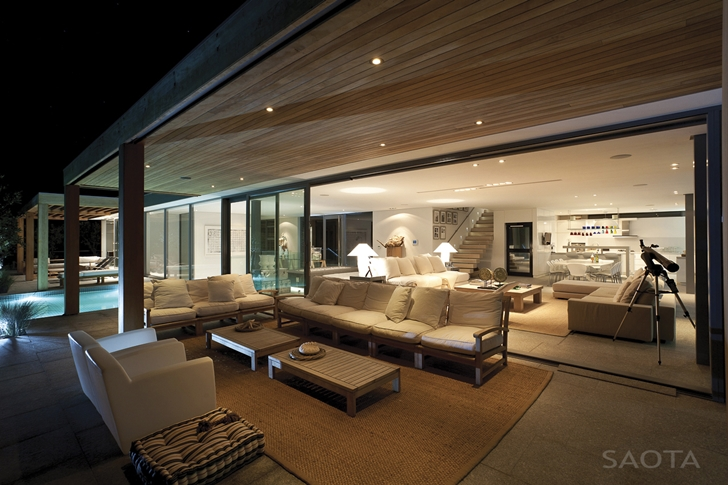 Terrace of Beautiful Plett 6541+2 Home by SAOTA at night