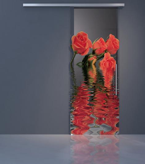 Además, esta colección de puertas de cristal nos ofrece una gran variedad de diseños, desde imágenes de actrices famosas, a flores, pasando por cualquier cosa que se te pueda imaginar, ya que puedes crear tu propio diseño 100% original.