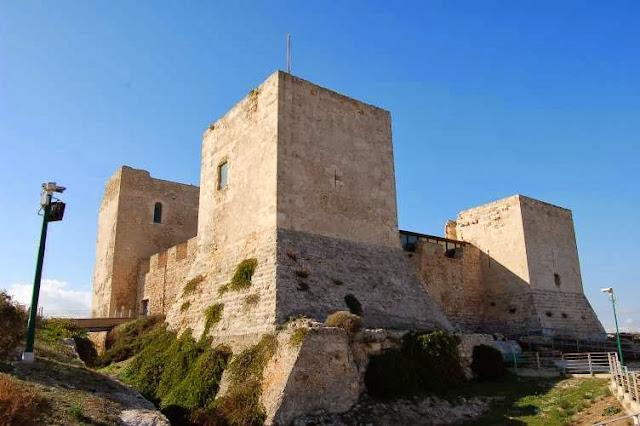 Castillo de San Michele en Cagliari, Italia