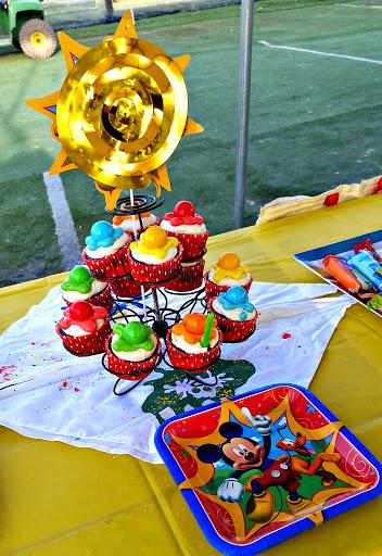 Duff Cake Mix Cupcakes