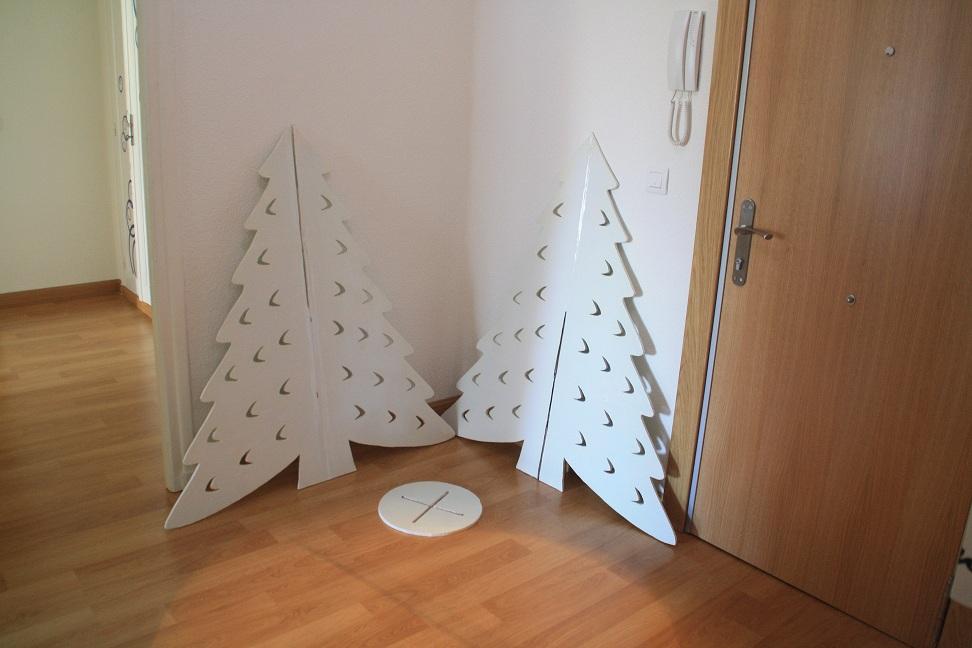 Diy navidad el rbol de cart n reciclado de erika - Como hacer un arbol de navidad de carton ...