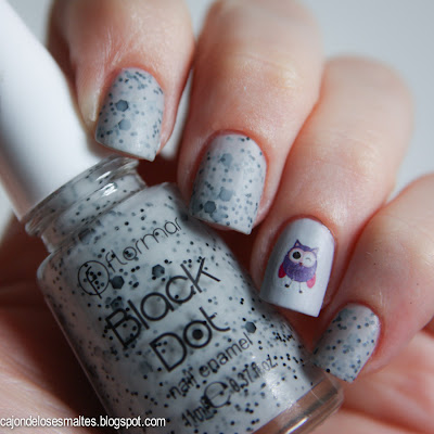 flormar black dot BD01 speckled nail