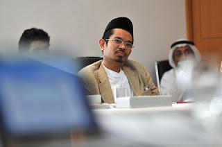Anda Kenalkah Sheikh Afifi Al-Akiti? - Dia Seorang Ulama Melayu Yang Hebat !