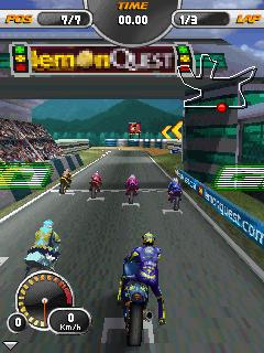 Download moto racing evolved java 320x240