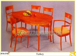Meja dan Kursi Makan Kayu Jati Ukiran Turkey