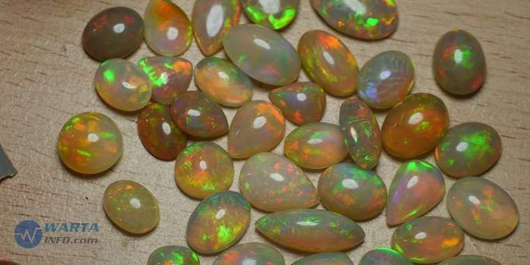 Foto gambar batu Kalimaya batu mulia terbaik paling termahal dan populer