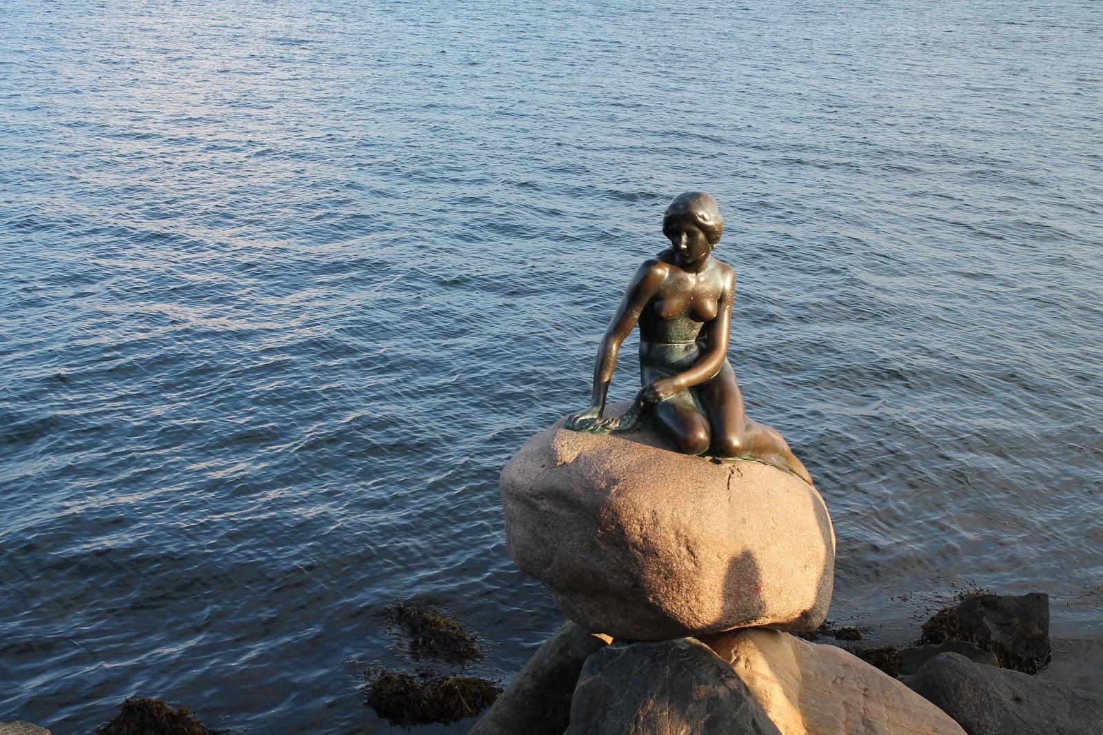 Copenhagen Travel Post - The Little Mermaid