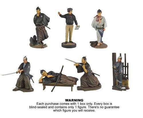 Фигурки самураев из фильмов Акиры Куросавы