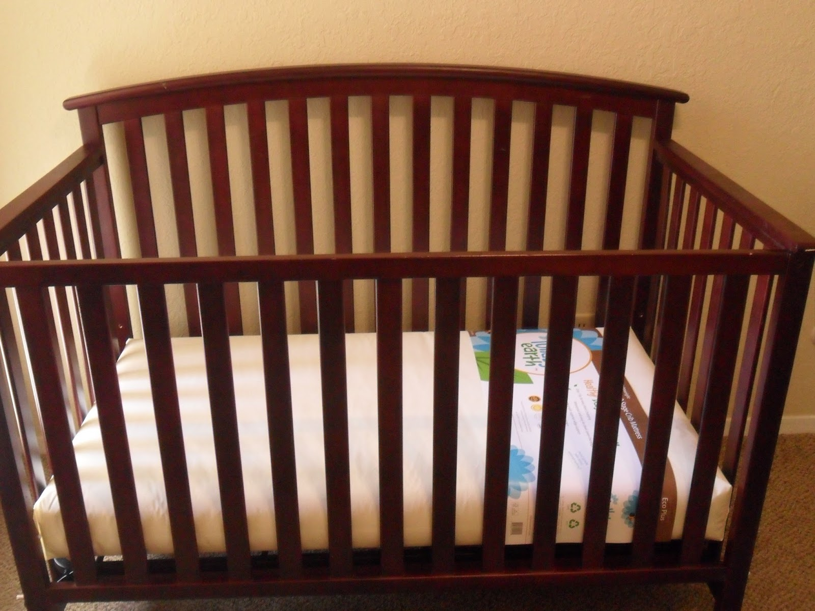 Sweet dreams with Lullaby Earth Crib Mattress. Review