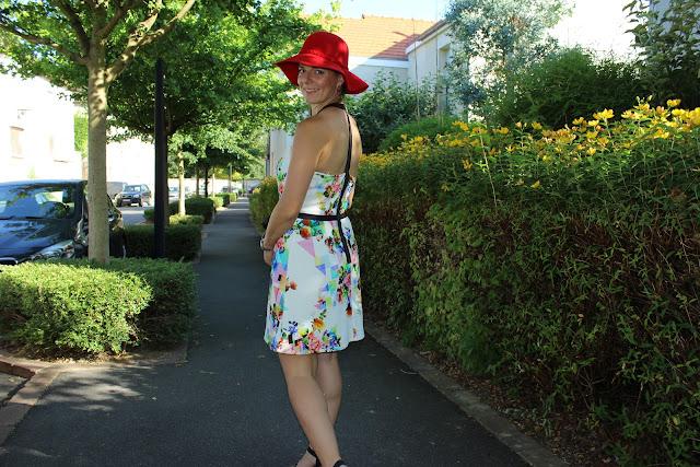 robe naf naf, capeline rouge allée du foulard, chaussures géox
