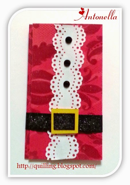 Nifty Santa Suit Gift Card Holder from Antonella at www.quilling.blogspot.com