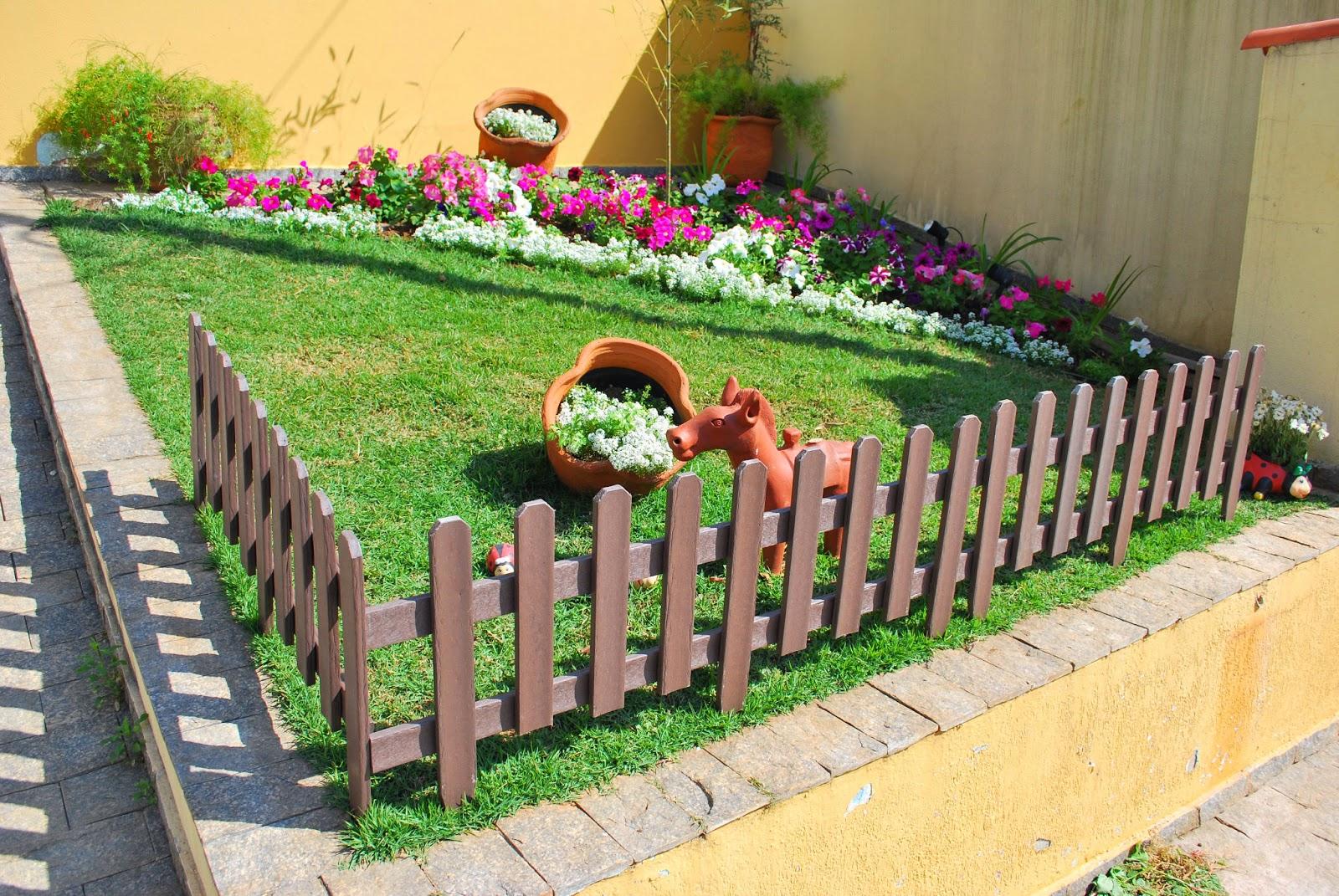 algumas fotos de jardins simples e baratos no quintal de casa para  #B48417 1600x1071