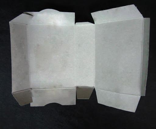 กล่องสบู่มาใช้ประโยชน์  เย็บผ้าซ่อมรอยขาดฉุกเฉิน  Kit de couture de savon boîte de papier kraft de réutilisation de l'idée de la boîte   Naaigerei uit zeepkist idee hergebruik ambachtelijke papier doos