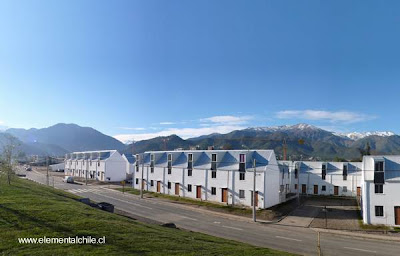 Conjunto de viviendas adosadas del Proyecto Elemental