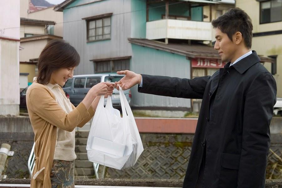 departures-okuribito-riyoko hirosue-masahiro motoki