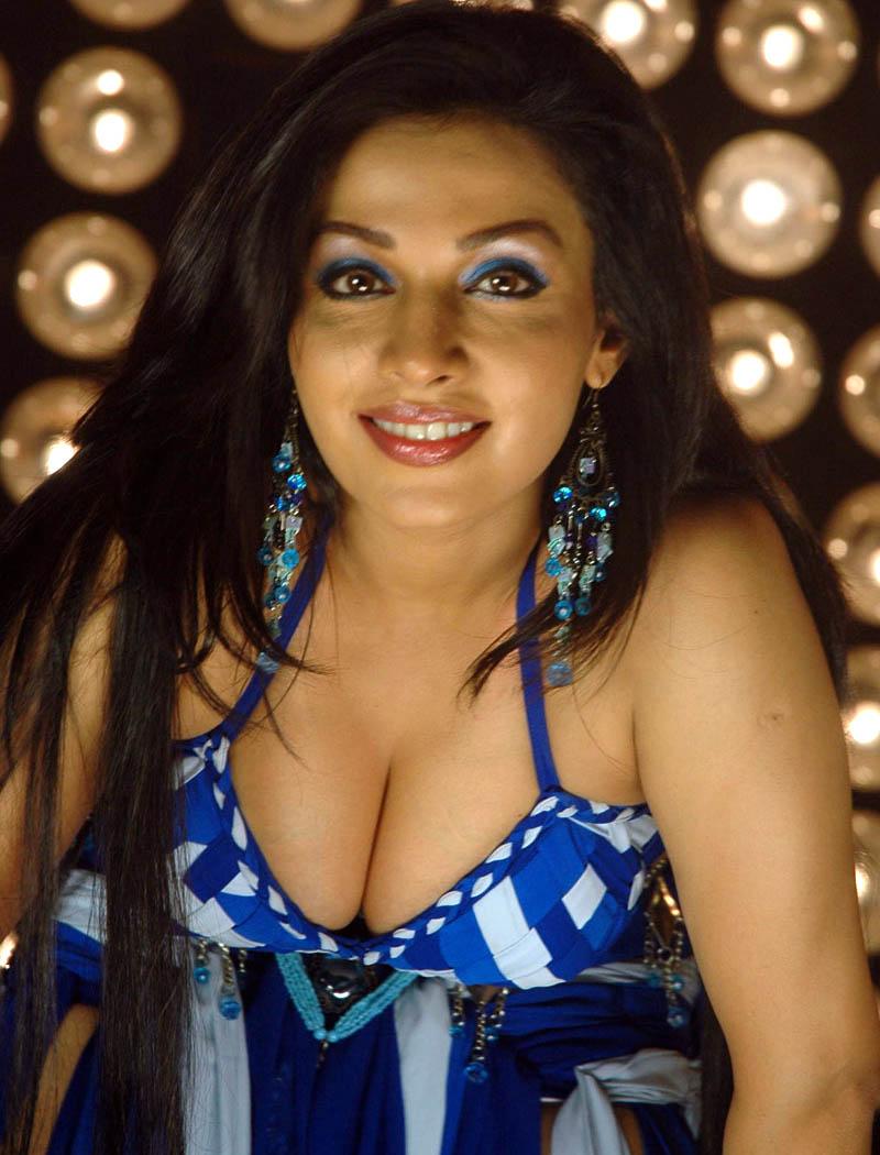 Asha saini hot pics