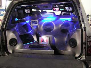Aksesoris Mobil Unik untuk Sistem Audio