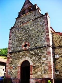 Lena,Pajares,iglesia de San Miguel, portada