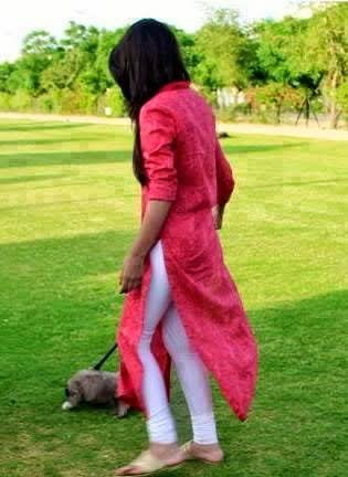 Pakistani Girls In Pajama Showing ass