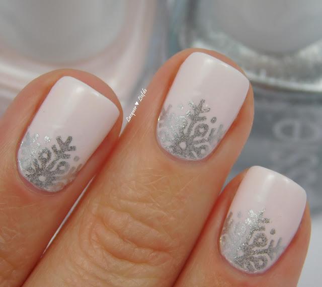 Essie winter 2015 Aprés Chic mit Peak Show Weihnachts Nail Art