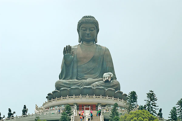 http://4.bp.blogspot.com/-DMIGU9KZ66Y/UiLcH_Zz8AI/AAAAAAAAEBY/sSs1ofeCjo8/s1600/Tempat+Wisata+di+Hongkong+yang+populer+Po+Lin+Monastery+yoshiewafa.blogspot.com.jpg