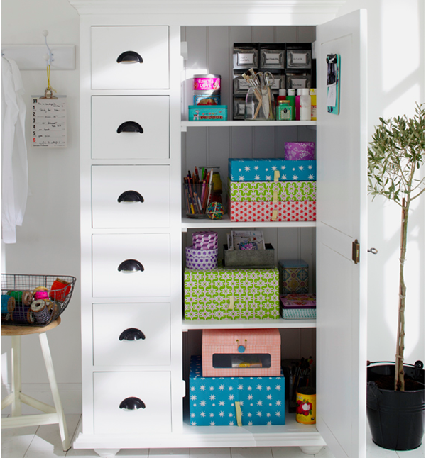 10 Incredible Storage Ideas For Your Home Office! I love those Rie Elise Larson Storage Boxes in that cabinet