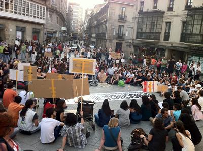 Espanha: «Normalidade absoluta» na abertura dos colégios eleitorais, garante Governo