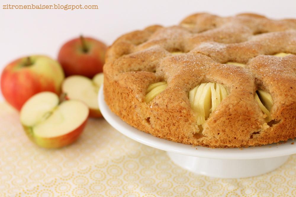 veganer versunkener Apfelkuchen