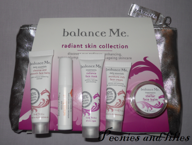 Christmas gift guide, Christmas gift ideas, Balance me gift ideas, Balance me raidant skin collection, Balance me cleanse and smooth face balm, balance me radiance face oil, balance me moisture rich face cream, balance me radiance face mask, balance me stellar face balm, balance me samples