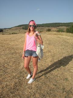 http://conndenoemi.blogspot.com.es/2015/09/pinky-girl.html