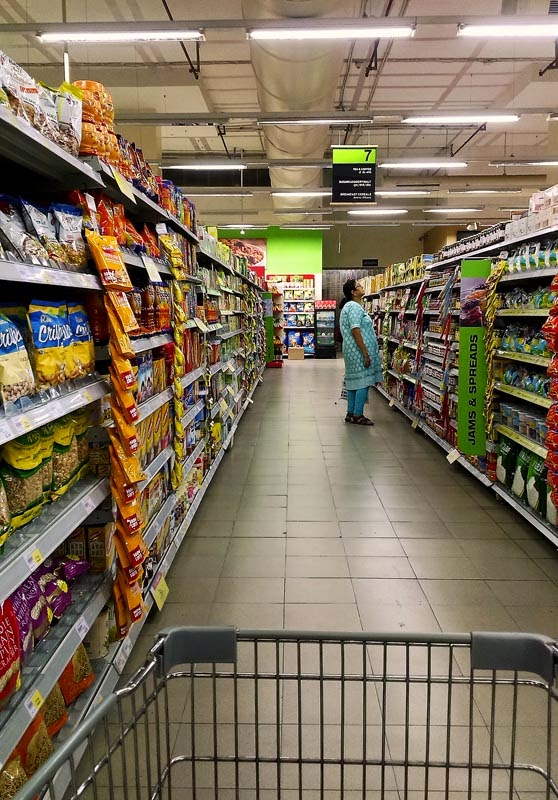 how to sell food products to supermarkets in india