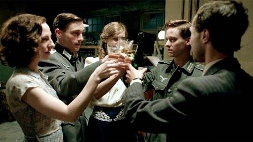 La serie alemana presenta a cinco jóvenes separados por la guerra
