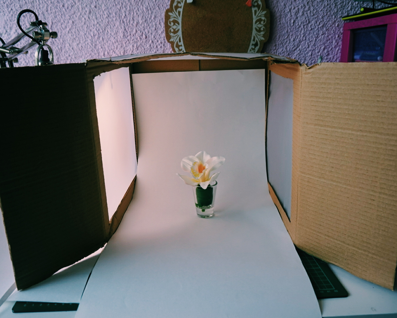 DIY: How To Make A Photography Lightbox