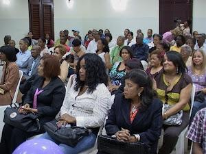 PERSONALIDADES PRESENTE EN ACTO PUESTA EN CIRCULACIÓN LIBRO PERIODISMO CON SENTIDO