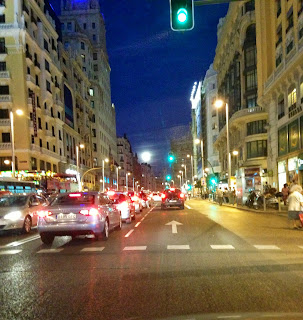 gran via street green light