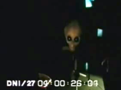 Video of an alien at area 51, his name is victor, ufo sighting news
