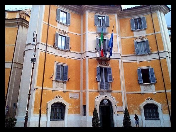 pałac burrò w Rzymie
