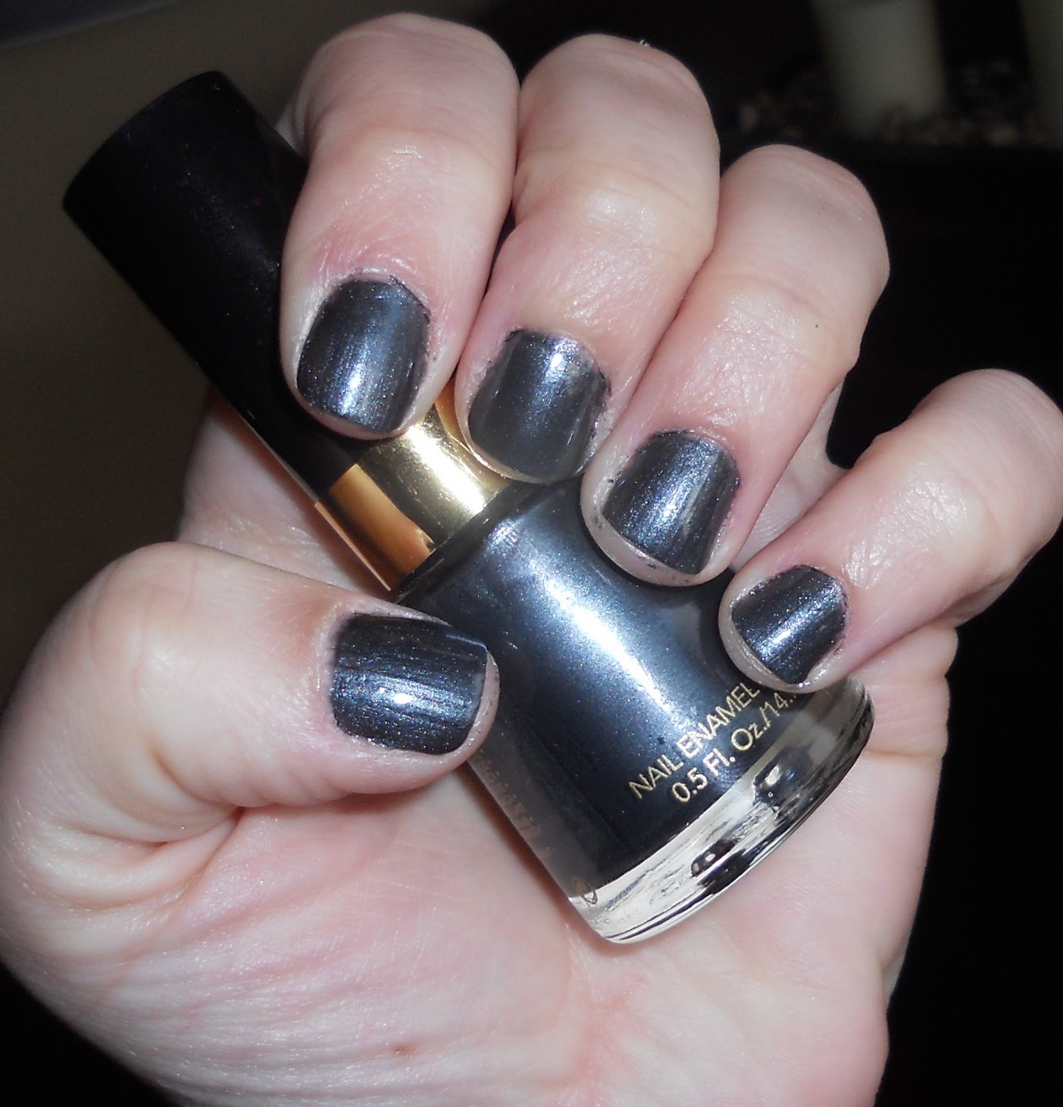 Weighing down on beauty revlon fashion night pout lipstick gaga revlon black pearl this is 3 coats of the nail polish it was not streaky at all and applied evenly on to each nail nvjuhfo Image collections
