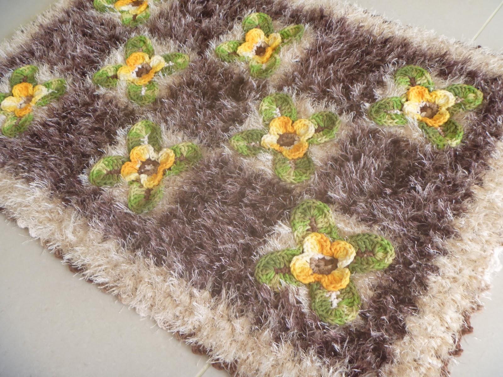 Cristina luriko tapetes e caminho de mesa de croche fio - Tapetes para mesa ...