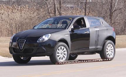 2014 Jeep Liberty Spy Photos: Fiat-Based Platform, New 3.2L Version of