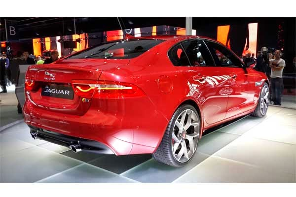 http://www.likeautomotive.com/2014/10/specifications-new-engine-jaguar-xe.html