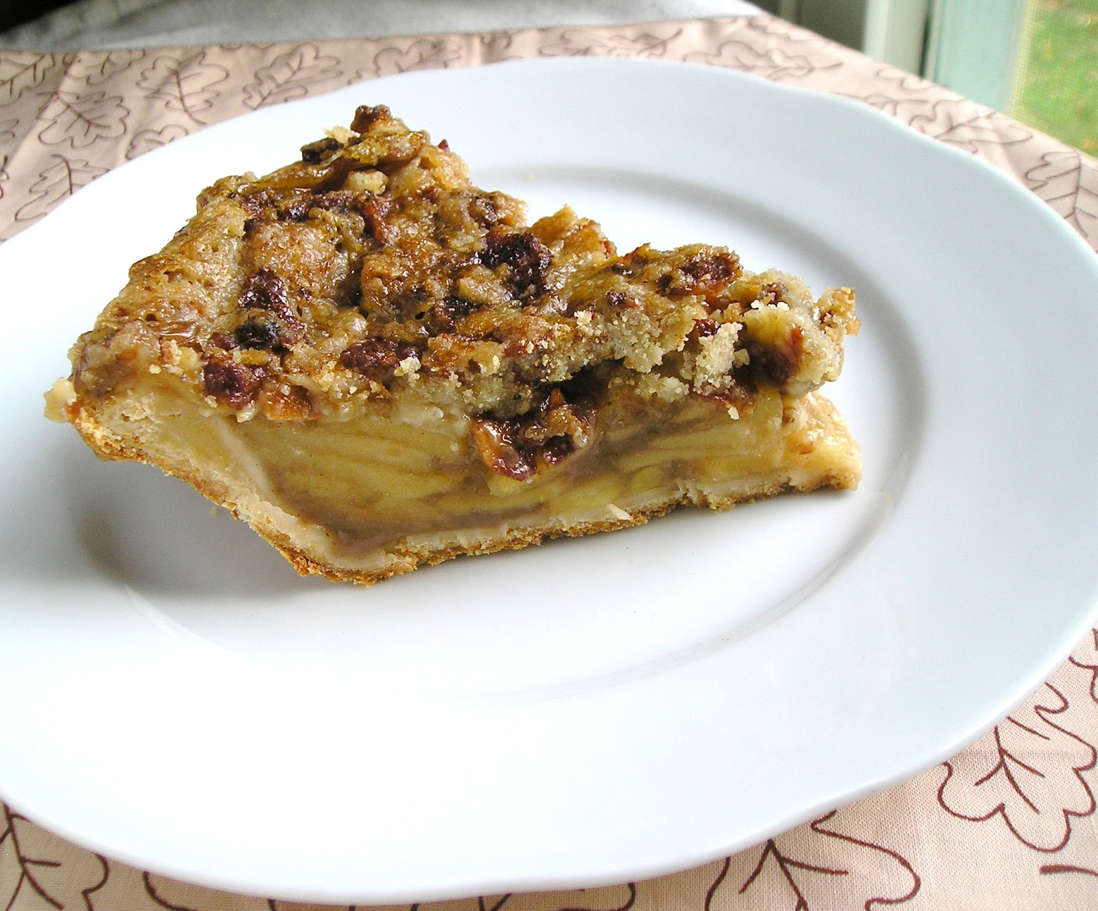 ... Cooking Challenge: Apple Pie with Cheddar Crust and Bacon Streusel